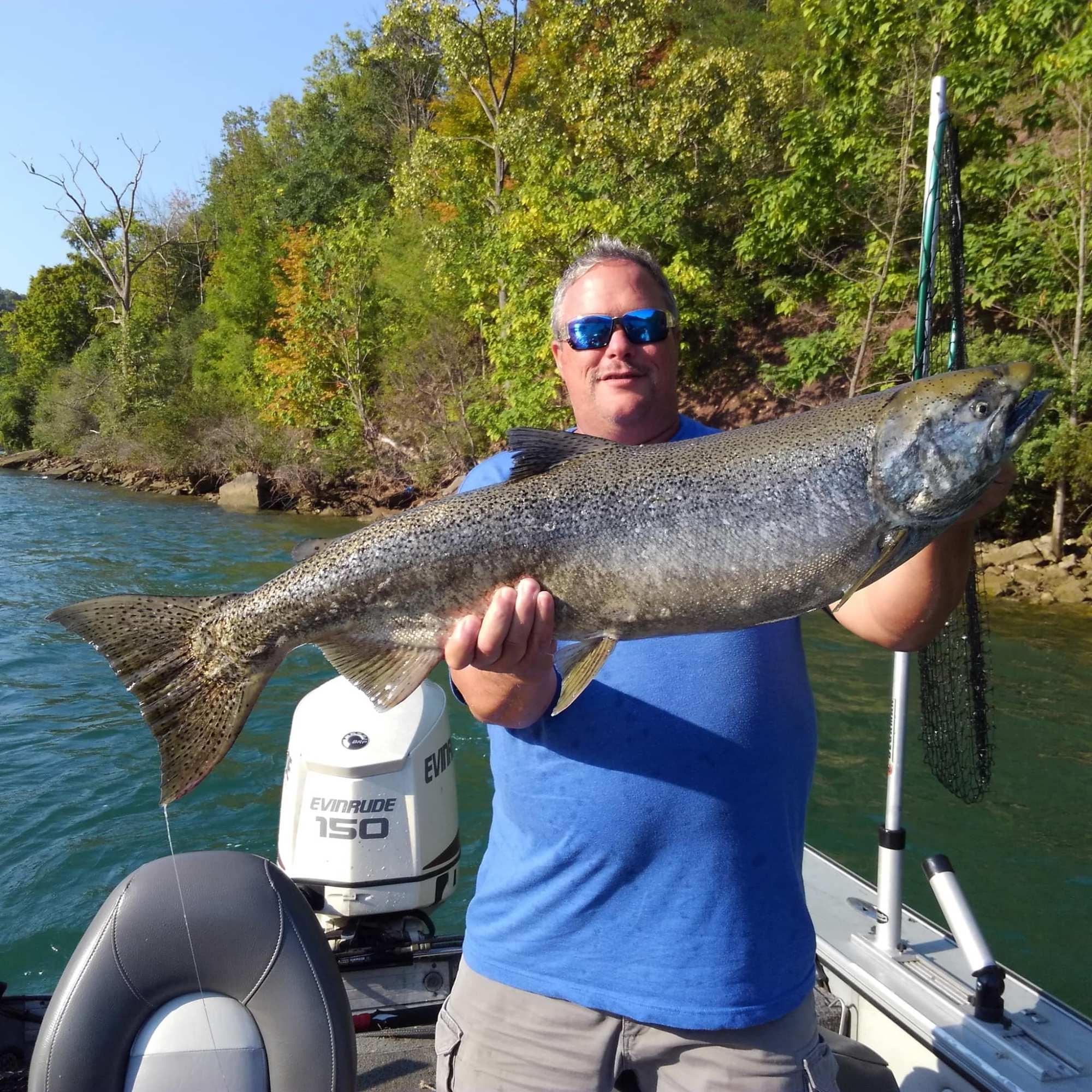 niagara_river_salmon_fishing
