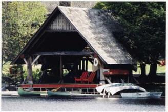 SagBoathouse2tn