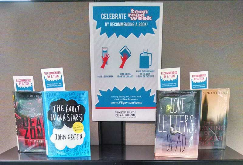 Teen Read Week Display