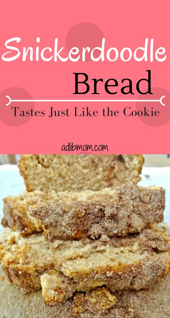 This snickerdoodle bread is loaded with cinnamon and tastes just like the cookies. #snickerdoodle #cookie