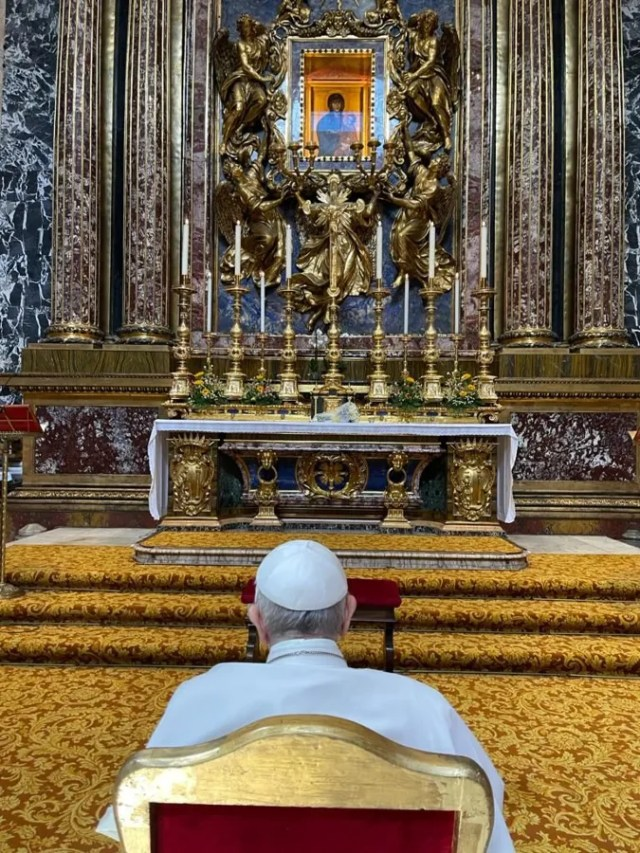 Pope Francis visits the Basilica of St. Mary Major after being discharged from Rome's Gemelli Hospital, July 14, 2021. / Vatican Media.
