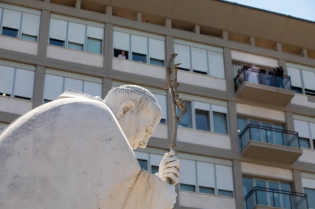 Pope Francis has stayed in the same hospital room where St. John Paul II was treated. / Pablo Esparza/CNA