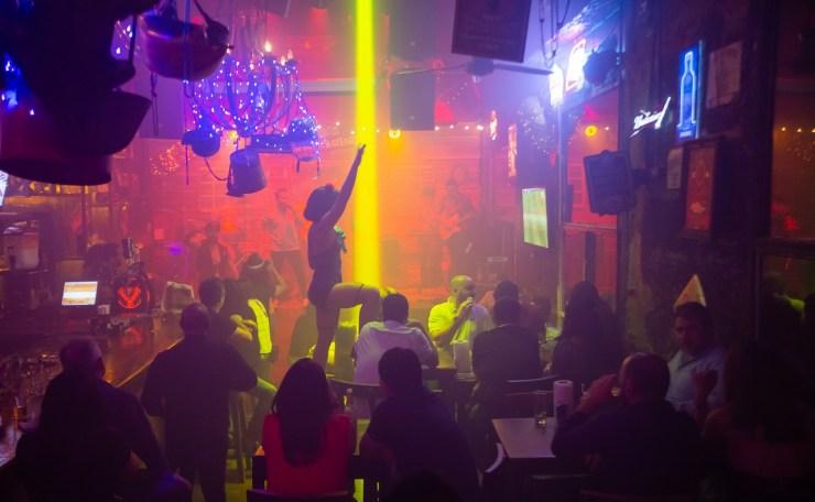 Fiesta en Bourbon St, imagen para ilustrar nota de rumba en Cartagena
