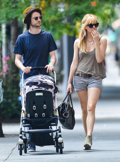 Sienna Miller & Tom Sturridge Take The Family On A Walk