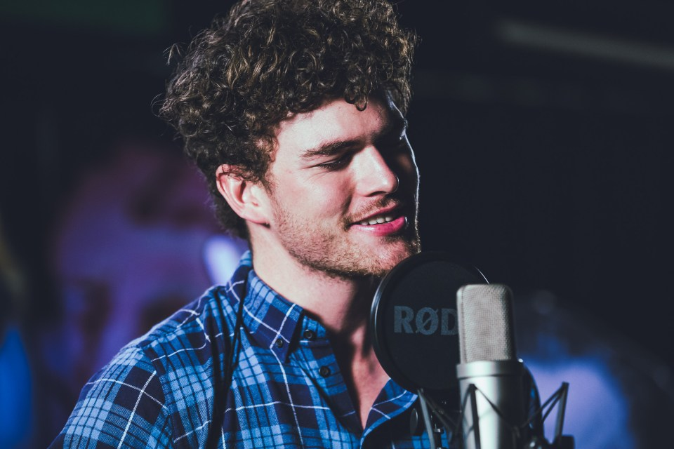 Vance-Joy-channel-v-pip-cowley-62