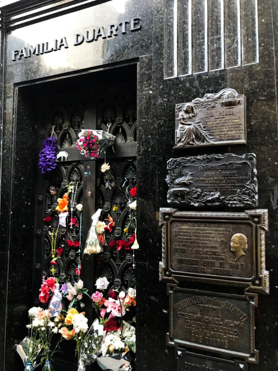 Cemitério da Recoleta túmulo da família Duarte - e Evita Perón