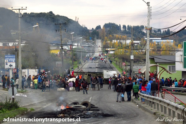 La crisis en Chiloé, algo más que la marea roja