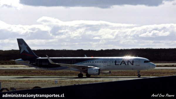 Vuelo Punta Arenas – Santiago (LA292) en Airbus A321 CC-BEE, LATAM