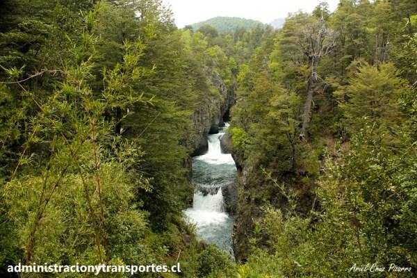 Paseo por el día al Parque Nacional Radal Siete Tazas, vía Círculo Patrimonial