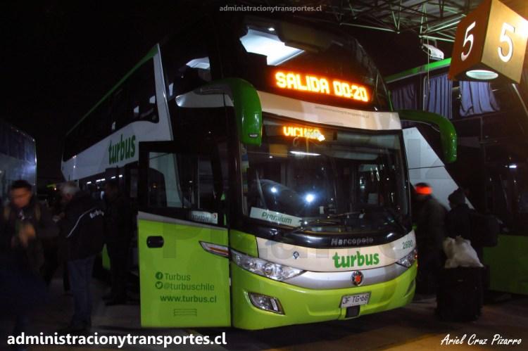 Tur Bus Premium 2690 en Terminal Alameda