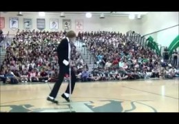 Teen Dances To Michael Jackson's 'Billie Jean' At Talent Show