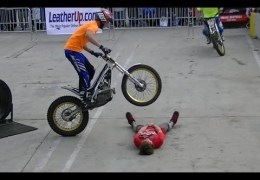 Insane Trials Motorcycle Stunts