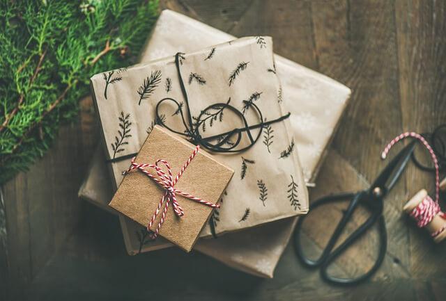 debt-free Christmas holiday season