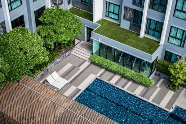 Morador Inadimplente não pode ser Impedido de utilizar área comum de Condomínios