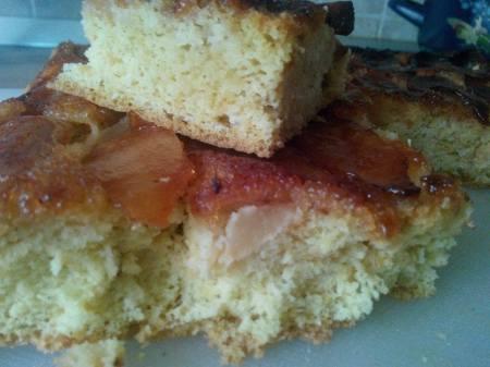 prăjitura cu mere caramelizate
