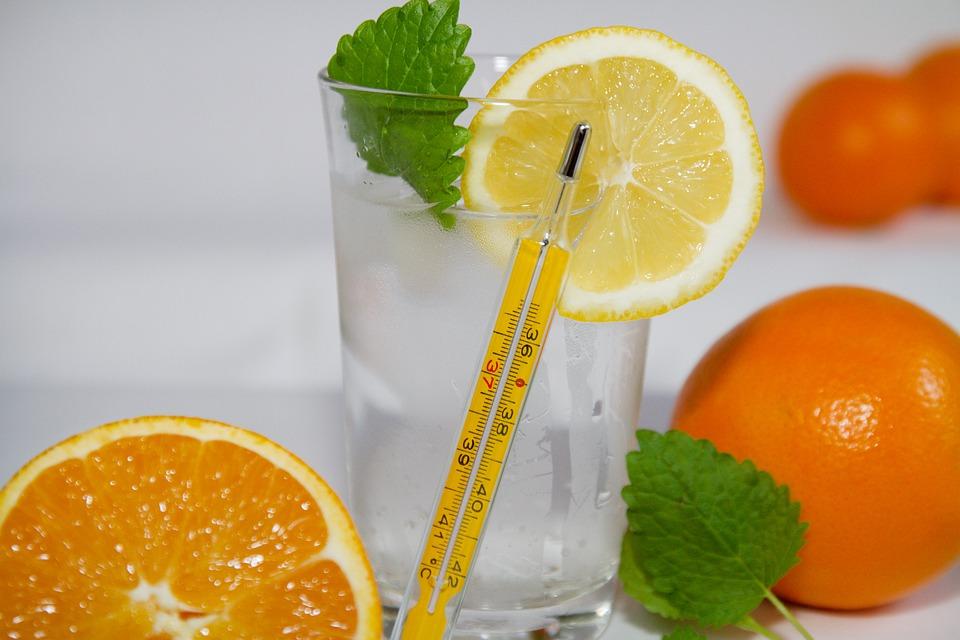 Sănătate şi energie servită din pahar