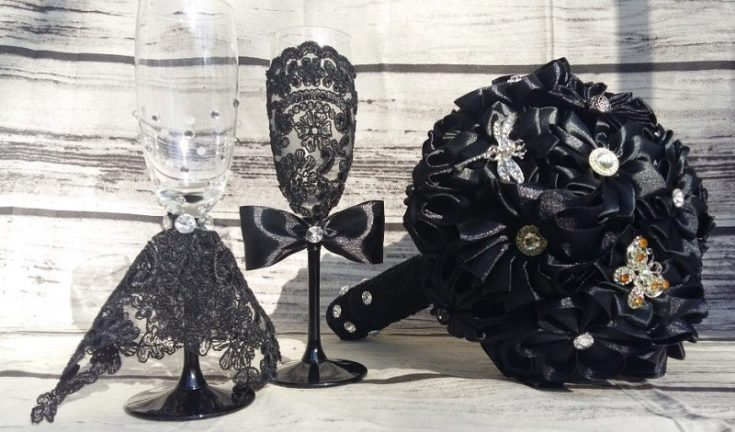 nunta in stil gotic buchet de mireasă