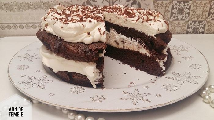 tort din ciocolata si crema de branza