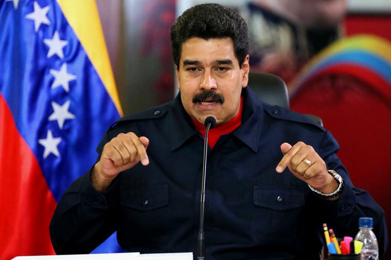 NICOLAS MADURO AMENAZÓ CON IR A COMBATE SI ES DESTRUIDA LA REVOLUCIÓN BOLIVARIANA.