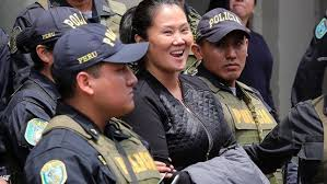 KEIKO FUJIMORE A LA CARCEL POR CORRUPCION EN EL PERU