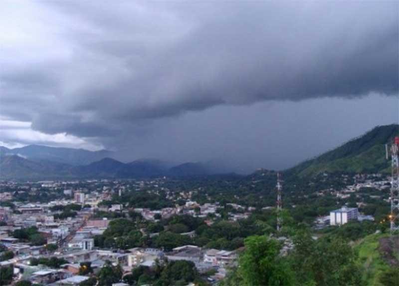 Depresión tropical 3-E causará fuertes vientos en el país