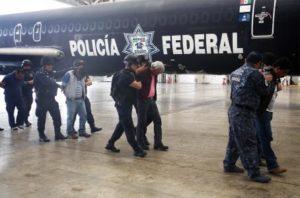 detenidos maestros de la s-22