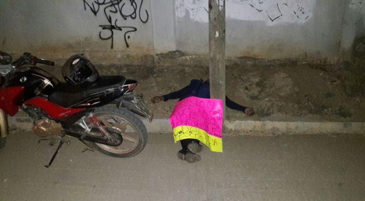 En San Isidro Monjas Xoxocotlán ejecutan a una persona ; dejan mensaje (12:34 h)