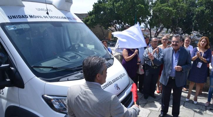 Ponen en marcha unidad móvil de detención del SIDA (12:40 h)