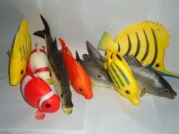 pescados de plastico