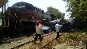 tren descarrillado
