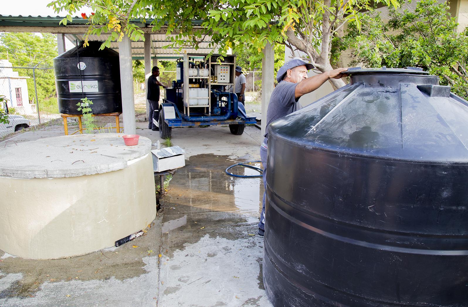 Falta agua en 24 colonias; tendrá Municipio cuatro pipas