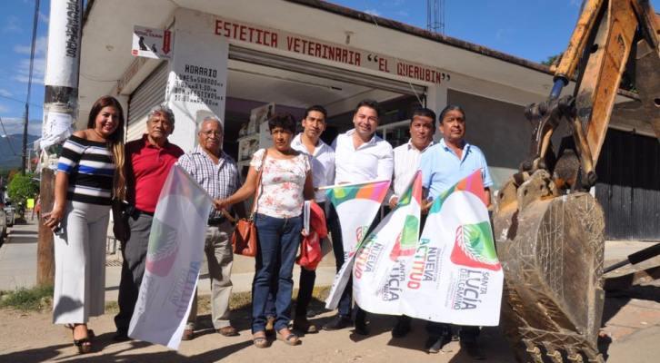 Raúl Cruz mejora la imagen urbana, en calles que eran intransitables en Santa Lucía del Camino (15:00 h)