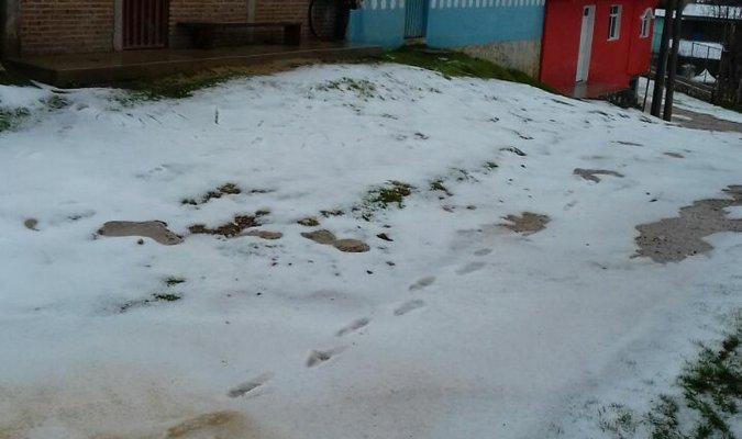 ¿Nieve o granizo en la mixteca oaxaqueña? (19:12 h)