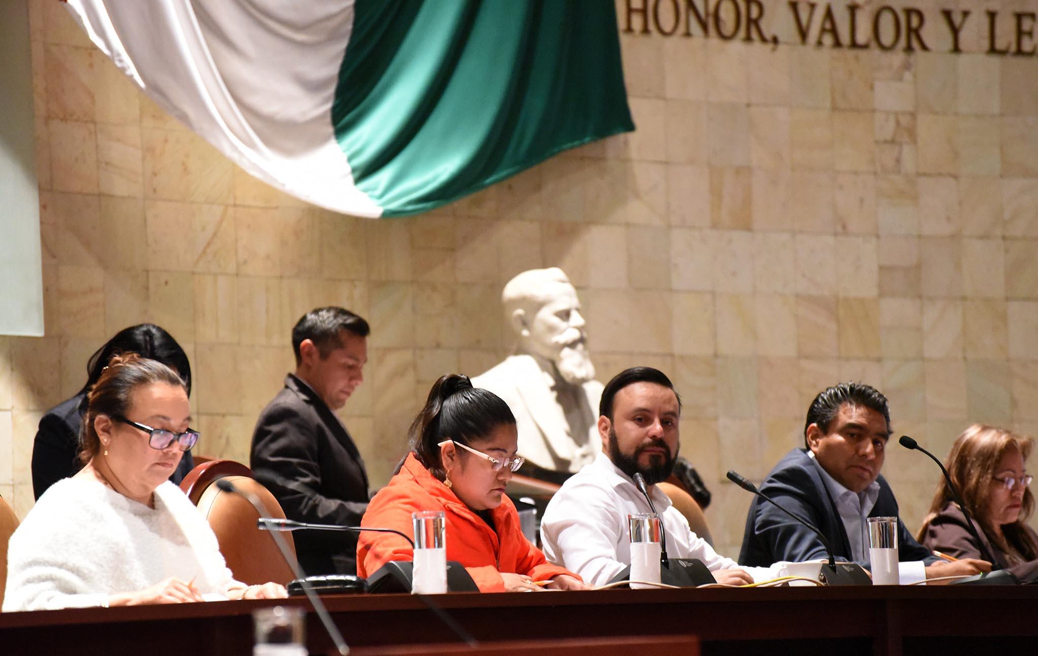 Congreso de Oaxaca avala incrementar presupuesto para 2018