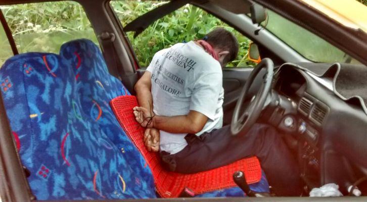 De un disparo en la cabeza ejecutan a taxista de Tuxtepec, en Pueblo Viejo, Chiltepec (12:22 h)