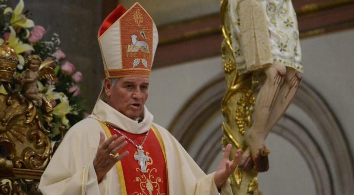 El desorden del mundo es porque se ha perdido el respeto a Dios, asegura Arzobispo de Oaxaca(15:45 h)