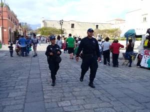POLICÍA MUNICIPAL (2)