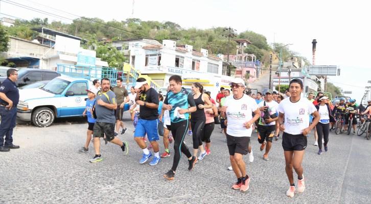 Gobierno de Salina Cruz le apuesta por más espacios deportivos (18:00 h)