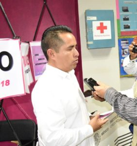 Alejandro en entrevista