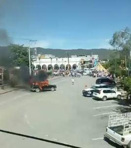 camioneta quemada