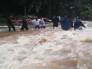 rescate lluvias2