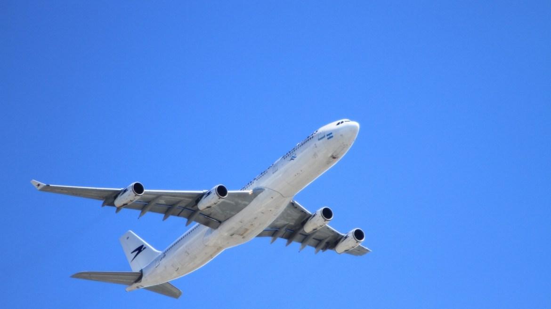 Volar con EPOC: Consejos previos para un viaje en avión