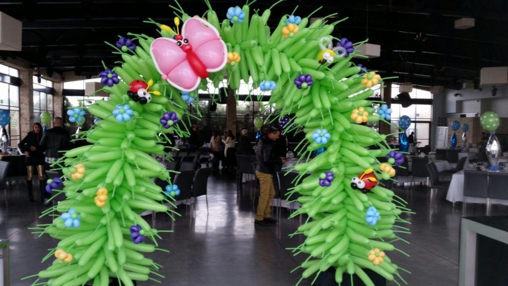 שער בלונים באירוע חברה