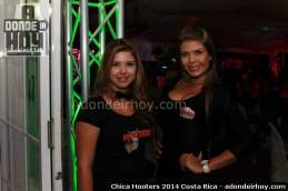 Chica Hooters 2014 Costa Rica 022
