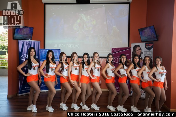 Chica Hooters Costa Rica 2016