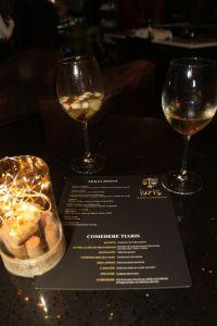 Iuris Lounge & Coffe Bar La Cava del Duende en Coronado Costa Rica