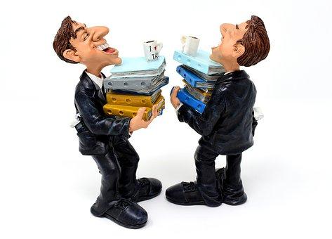 Micro-entreprise vs Portage salarial : lequel choisir?