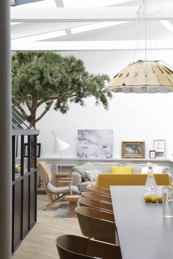 Unique And Eccentric A Contemporary Loft