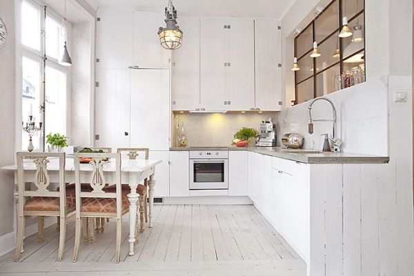 White Amp Wood In The Kitchen