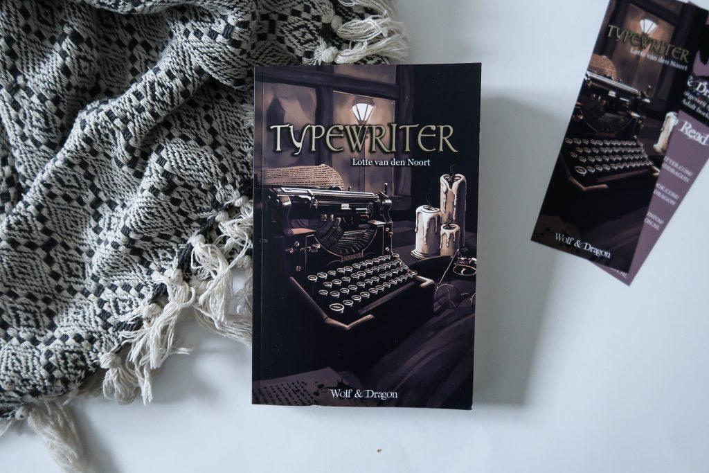 Typewriter Lotte van den Noort